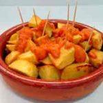 Patatas bravas receta tradicional