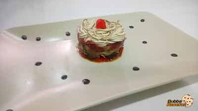Tartar de pimiento rojo, setas y aguinagas